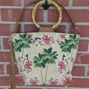 Vintage beaded palm tree purse wooden handle Bueno